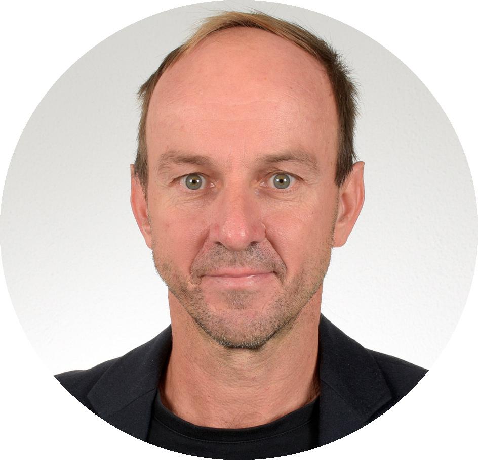 Portraitfoto von Prof. Dr. Andreas Gattinger