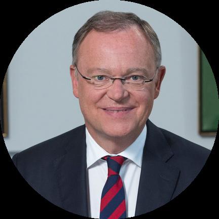 Portraitfoto von Ministerpräsident Stephan Weil